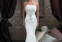 lovely wedding dress / lovely wedding dress