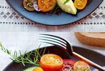 ensalada de tomate,cebolla y aguacate