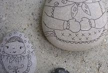 painted stones & stone art