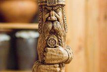 postavicky ze dřeva