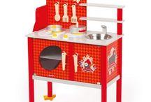 Juguetes de madera, educativos, de mesa etc / Recopilación de juguetes sin pilas, para dejar volar su ingenio. De madera, tela o cartón. Educativos siempre que se pueda.