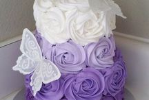 purple party decor