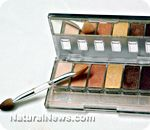 Natural Cosmetics / by Marie Farren