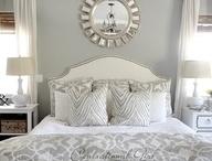Calm Bedroom Ideas / by Natalie Reiser