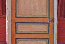 Målade dörrar