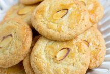 Cookies / by Linda Romero