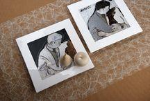 """Piatti design in ceramica / I piatti dal design quadrato in ceramica di Creativando si posso utilizzare come centro tavola, piatti di servizio o piatti da portata, ma si possono anche appendere alle pareti di casa come elemento artistico decorativo:  un quadro in ceramica! I piatti desig  Kiss Me White e Kiss Me Black ripropongono l'opera """"Il Bacio"""" dell'artista Walter D'Avanzo."""