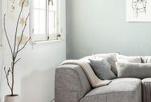 Knulst ♦ Wit hout / Houten vloeren zijn natuurproducten. Dat ziet u terug in het unieke karakter van iedere houten vloer. Naar welke houtsoort uw voorkeur ook uitgaat, bij ons bent u altijd verzekerd van een duurzame en sfeervolle vloer met een eigen uitstraling.