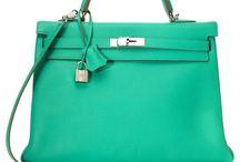 Fashion: Bags / by Roberta Pasciuti