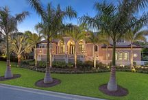Longboat Key Private Residence / Peregrine Homes built this 4,500 sf house in Longboat Key, Florida