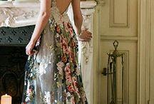 *Floral Wedding Dresses*