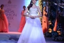 The Indian Bridal Fashion Week / Gehna  dazzles at the opening show of the Indian Bridal Fashion Week. Come and experience it with us right here!