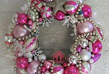 Wreaths / Beautiful wreaths that can be handmade for any occasion