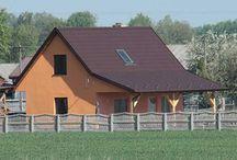 Projekt domu Przepiórka / Projekt domu Przepiórka to domek jednorodzinny mogący służyć również jako letniskowy. Niewielki budynek, o prostej konstrukcji jest tani w budowie i ekonomiczny w późniejszej eksploatacji. Dom składa się z pokoju dziennego na parterze, oraz łazienki, pomieszczenia gospodarczego i kuchni.