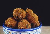 Cucina vegetariana - Polpette & co. / Ricette in Italiano / by gabri tropea