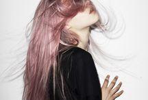 hair / likes hair