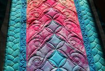 Machine Quilting Beauties and Ideas / by Marilyn Robertson