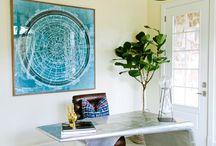 Mesas y muebles