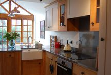 Mixed Painted & Oak Kitchen