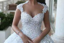 Weddinggownn