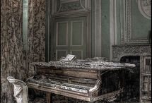 Beautiful Decay. / Abandoned,faded,crumbling beauty.