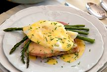Recipes to Try: Breakfast / Breakfast casseroles, muffins, pancakes, eggs, quiche, and more!