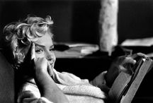 Marilyn Monroe reading / Ode to Marilyn Monroe, the sexiest woman, who was also an avid reader.