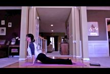 MOMSNEXT Holy Yoga