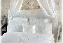 Amandine de Brévelay / Textiellijn voor bed-, bad- en linnengoed evenals een zeer uitgebreide babycollectie!