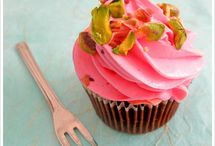 Cake/Frosting Flavors / by Tanya Smith