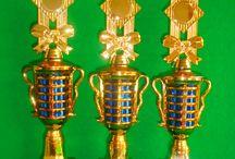 Alfa Trophy | Jual Trophy Murah, Jual Piala Oscar, Jual Piala Kaskus / Dengan menawarkan berbagai macam bentuk dan design terbaru dan terlengkap dikelasnya.Kami telah menjadikan situs ini sebagai salah satu situs terpercaya untuk layanan ini , dan kami siap Kirim ke Seleluruh Wilayah Indonesia ,