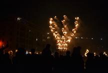 """Entre flammes et flots / Quelques photos de l'événement """"Entre flammes et flots"""" par la compagnie Carabosse sur le Vieux-port."""