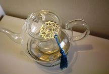 Isteakan - Calligraphic Trays,Tea Cups and Pots / Tea Living, an exceptional approach to the ultimate tea experience.