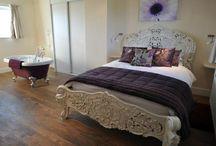 Woodlands Retreats Beautiful Bedrooms / Beautiful bedrooms at our Woodlands Retreats properties.