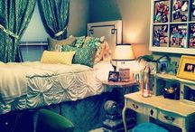 College / Things you need to know for college and what I want in my dorm :)