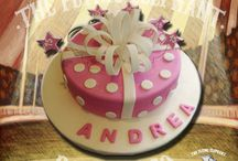 Cute cakes for everyone / Custom cakes made by TFEB Chef Betsabe Bustillos