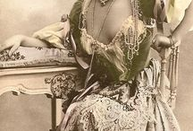 Edwardian / by Taylor Mayberry