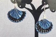 boucles d'oreilles eventail bleu et noir