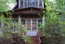 Exterior / Houses