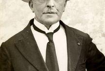 George Minne / George Minne (Gand, 30 agosto 1866 – Laethem-Saint-Martin, 18 febbraio 1941) scultore, disegnatore e illustratore belga.