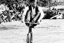 VIP rides a Bike / everybody uses a bike, also the vip! ;)
