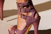 Shoes I like to see women wear / The right pair of shoes will complement and is more than an accessory.