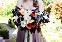 Autumn,  a lovely time to get married here in California♥️ / The rich colors of autumn floral, along with all the unique textures available during this time, make an ideal season to get married.