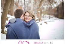 Winter Engagement / Photos of engagement photo shoots in winter.
