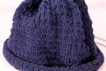 Bonnets tricotés
