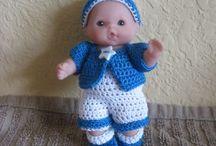 Vintage dolls crochet
