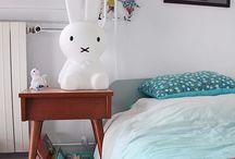 Lampes et veilleuses / Luminaires enfant pour décorer leur chambre tout en douceur.