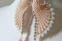 Drhané šperky - R
