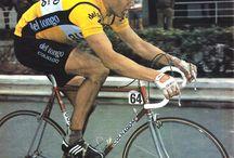 Colnago corse (racing) / Corridori, belle foto, biciclette. Runners, cool photos, bikes.