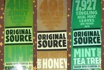 Original Source / Original Source beherrscht schon sehr lange erfolgreich die Großbritannien-Einkaufsregale. Da Original Source in Großbritannien so gut ankommt, dachte man sich einfach einmal, Original Source gehört auch bei uns ins Regal.